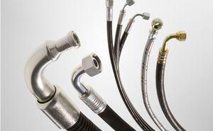 Leitungen und Armaturen