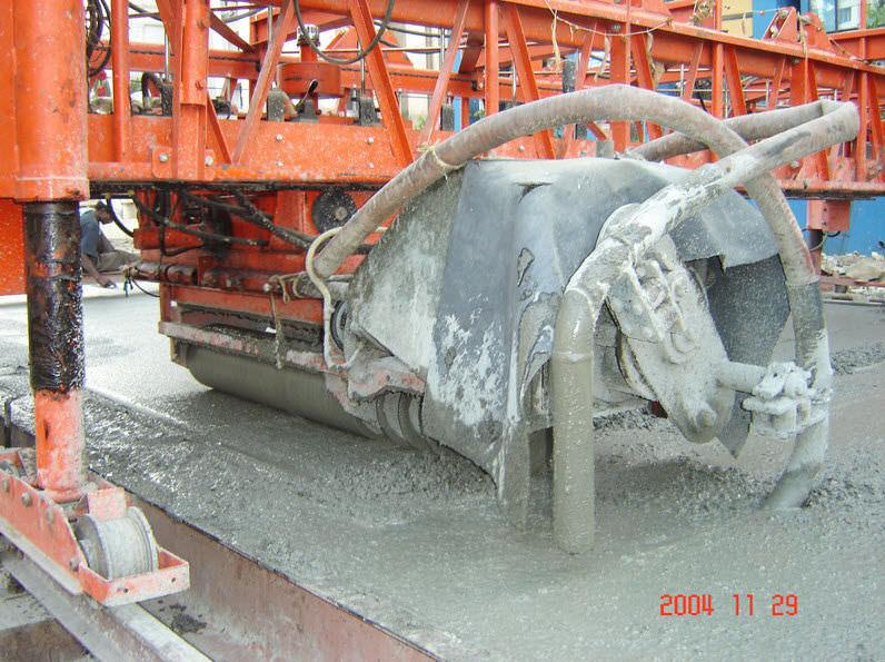 Betonfertiger Auf Reifen Fur Betonsohle 3 5 20 M Road