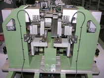 Automatische Stanzpresse / elektrisch / mechanisch / für Kunststoffprofile
