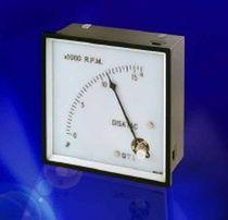 Kontaktloser Tachometer / Schalttafelmontage / analog / robust
