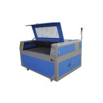 Holzschneidemaschine / CO2-Laser / CNC / Gravier