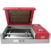 Lasergraviermaschine / für Glas