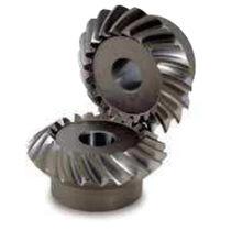 Kegel Getriebe / mit Helikoidalverzahnung / Naben / geschliffenes