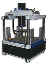 Kompressionsprüfmaschine / Biege / für Bodenelemente / elektromechanisch