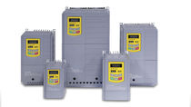Frequenzumrichter mit Vektorantrieb / vertikal