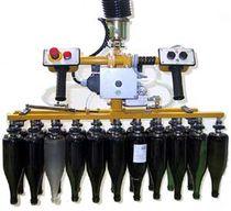 Pneumatischer Manipulator / mit Vielfachaufnahme / zur Positionierung / für Glasflaschen