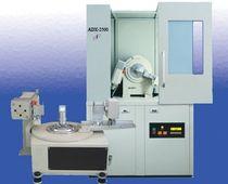 Röntgendiffraktometer / Hochauflösung
