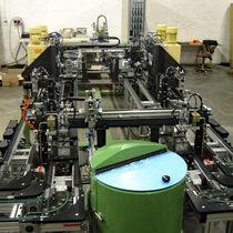 Automatische Montagemaschine / zur industriellen Anwendung / linear