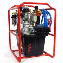 Pneumatikpumpe / 8 Kolben / chemisch / für die petrochemische Industrie