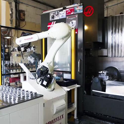 Roboterzelle zum Laden - TECAUMA
