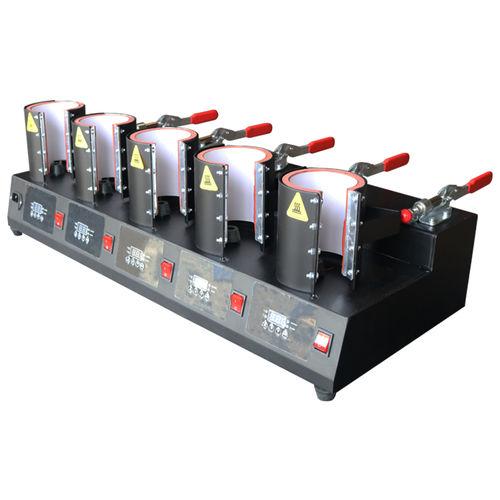 hydraulische Presse / Montage / digital / breit