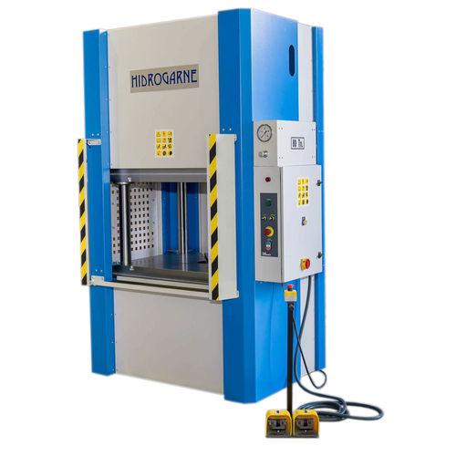 hydraulische Presse - HIDROGARNE
