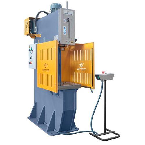 hydraulische Presse / für Faltvorgänge / Form / Stanz