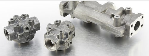 Patronen-Filterkopf / für Öl / Aluminium