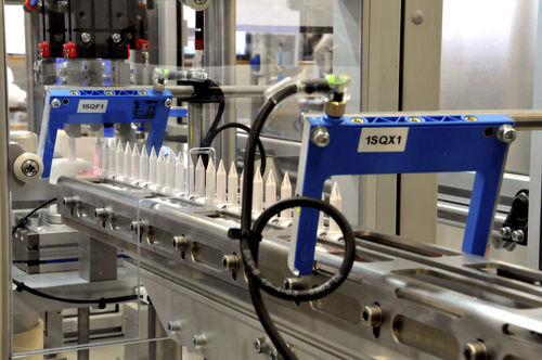 Automatische Montagemaschine / für Einstechdorne A UNO TEC