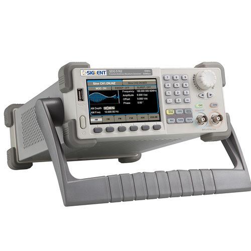 Funktionsgenerator / Arbiträr-Wellenform / 2-Kanal / digital 160 MHz, 512Kpts, 500MSa/s, EasyPulse | SDG 5000 Series Siglent Technologies Co., Ltd