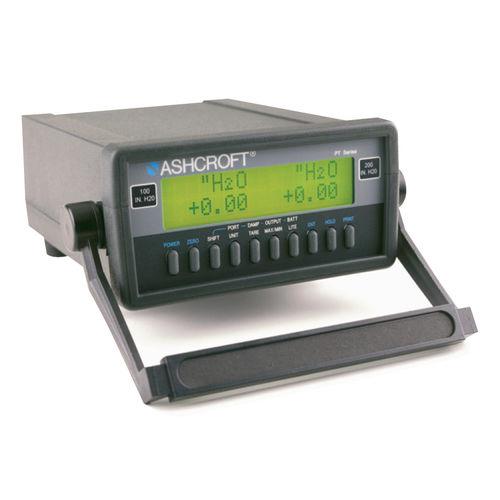 Druckkalibrator / für Temperaturfühler / tragbar / Digital