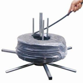 manuelle Haspel / Kabel / großformatig / horizontal