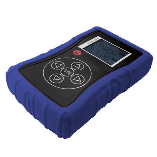 Schwingungsmessgerät für die Maschinen-Zustandsüberwachung / Taschen