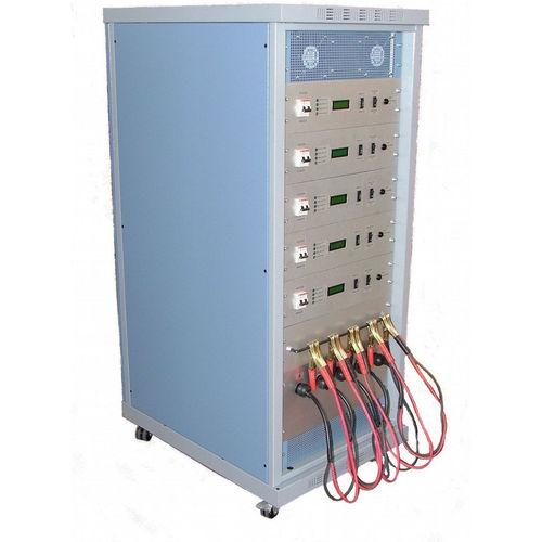 Blei-Batterieladegerät / mobil / bodenstehend / automatisch