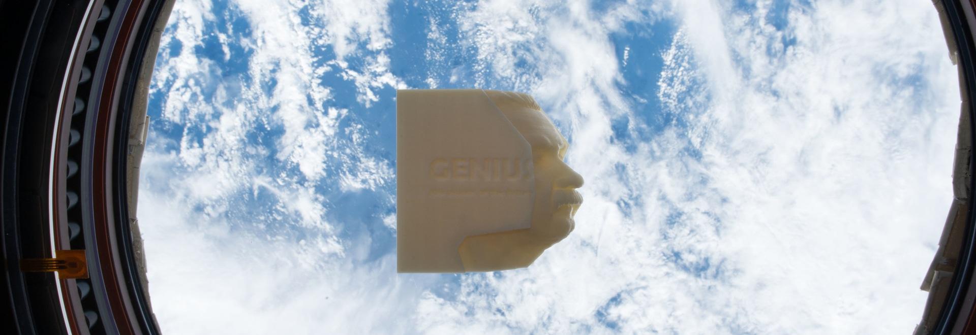 Genie: 100 Visionen der Zukunft, das erste Buch 3D der Welt gedruckt auf Raumstation