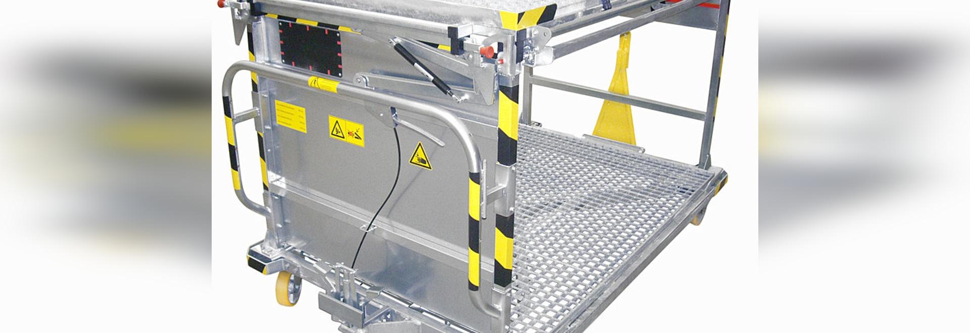 Plattformwagen mit 2 Ebenen - zu beiden Seiten schwenkbare zweite Ebene