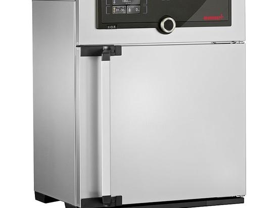 Memmert Heißluftsterilisator erfüllt DIN EN ISO 20857:2013