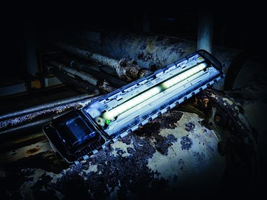 LED-Notbeleuchtungs-Reihen 6009/1, Produktserie EXLUX machen R. STAHL, sind für Gebrauch auf der ganzen Erde extrem robust und passend