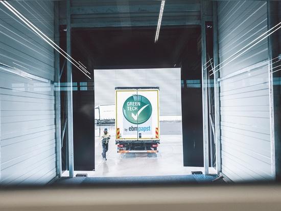 Gut und sicher verpackt geht es für die Produkte Richtung Kunde. Foto: Philipp Reinhard.