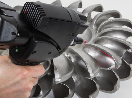 Absoluter Arm ROMER mit integriertem Scanner