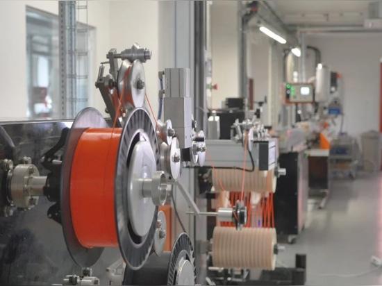 Prusa-Forschung holt die Materialproduktion, die mit Prusament-Faden innerbetrieblich ist