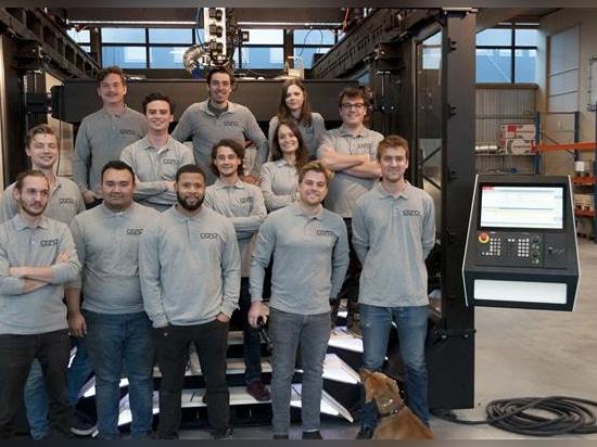 CEAD startet offiziell ununterbrochenen Haupt-Drucker 3D der Faser CFAM auf industrieller Ebene