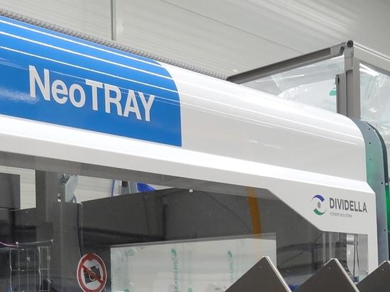 Dividella beschleunigt Hochleistungs-Verpackungen mit dem neuen NeoTRAY Flaggschiff-Kartonierer