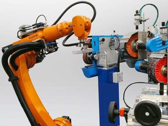 Roboterzone mit automatischer Be- und Entladung