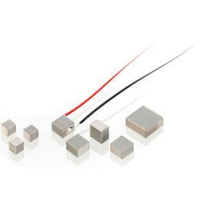 Linear-Piezoaktor / Miniatur / Mehrschicht