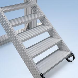 gerade Treppe / Aluminium
