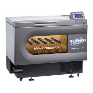 Labor-Schüttel-Inkubator / mit natürlicher Konvektion / gekühlt / programmierbar