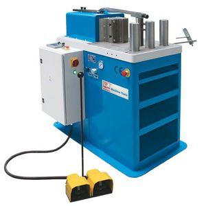 Richtpresse / hydraulisch / für Faltvorgänge / automatisch