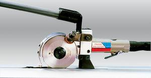 Schneidemaschine für Gewebe / Rundmesser / Handgerät / pneumatisch