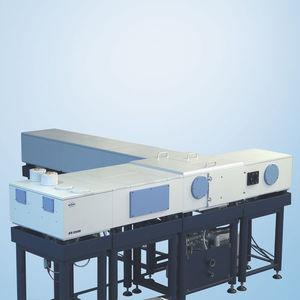 FT-IR-Spektrometer / Labor / Hochpräzision / hochauflösend
