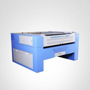 CO2-Laser-Schneidemaschine