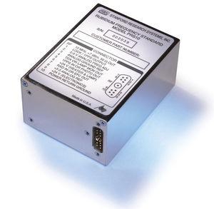 Quarzoszillator / elektronisch / mit Steckanschluss / Rubidium-Kristall