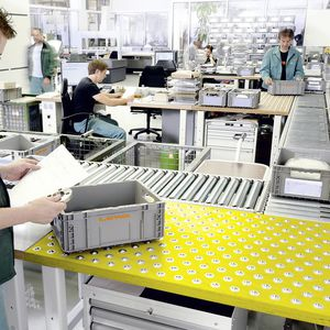 Kommissionierarbeitsplatz / ergonomisch / Qualitätssicherung