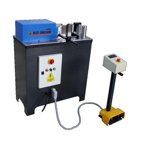 hydraulische Presse / für Faltvorgänge / Richt / mit Schneidefunktion