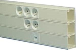 Kabelkanal / PVC / Mini- und Sockelleisten / selbstverlöschend