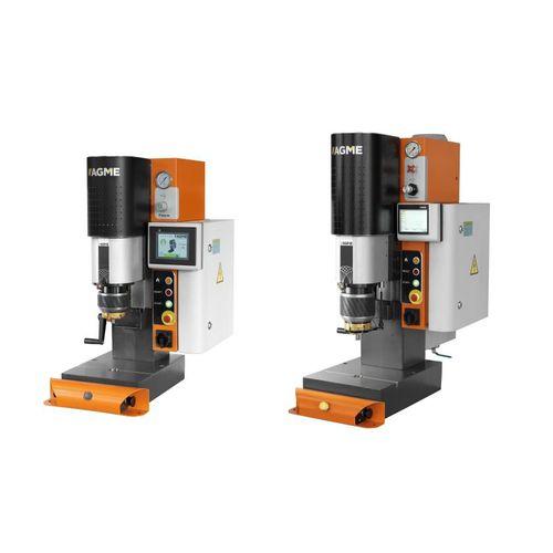 halbautomatische Nietmaschine / pneumatisch / Radial / Tischgerät