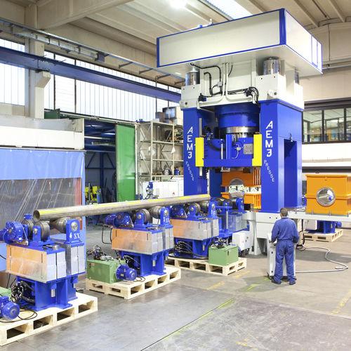 Kalibrierpresse / hydraulisch / für Produktion / halbautomatisch