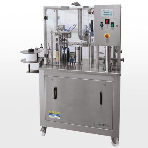 Abfüllanlage für die Lebensmittelindustrie / für Milch / für Glasflaschen / für Kunststoffflaschen