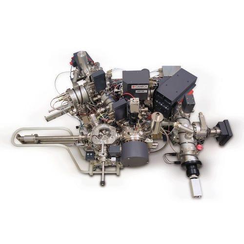 Massenspektrometer / für Halbleiterindustrie / Sekundärionen-Massen / automatisiert