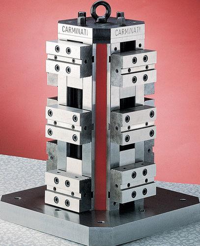 Schraubstock für Werkzeugmaschinen / vertikal / Präzision / Stahl